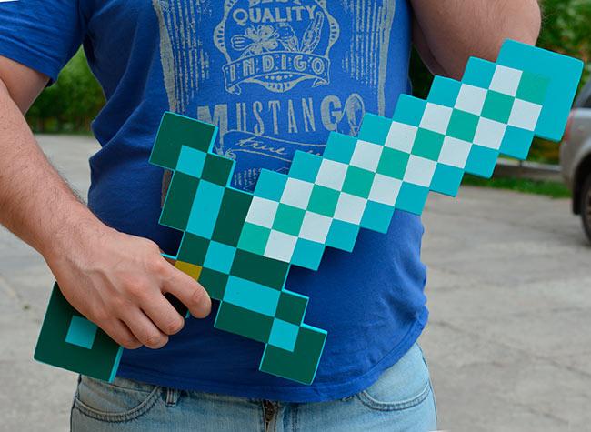 Алмазный меч из Майнкрафт - продаем по оптоаым ценам